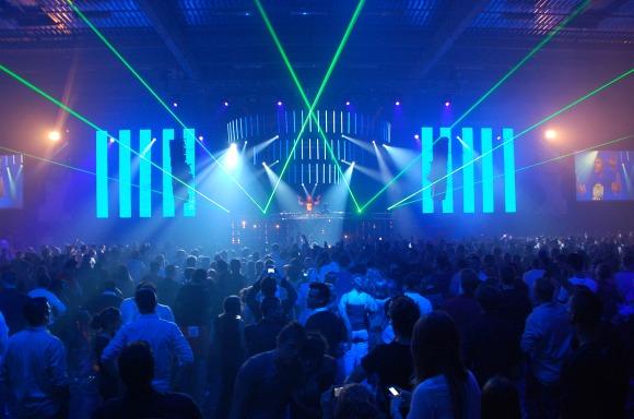 Installation écrans LED - Concert de David Guetta